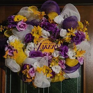 Deco Mesh Laker Inspired Wreath